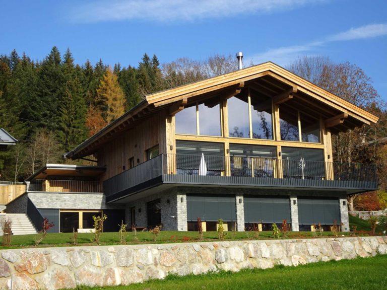 Dachstuhl, Fasssade in Fieberbrunn